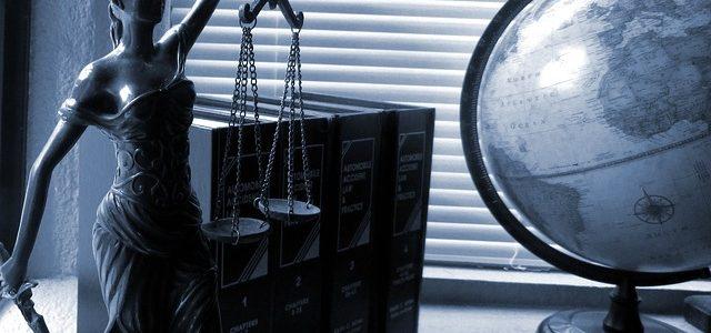 Адвокат по защите чести и достоинства